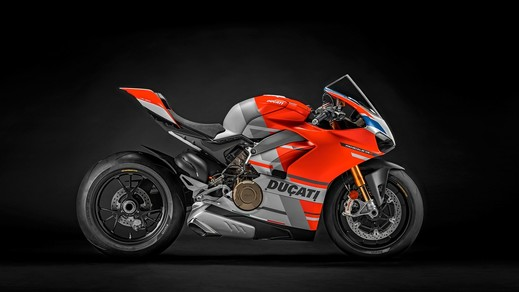PANIGALE V4 S CORSE.jpg